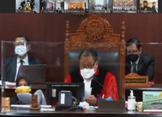 Sidang sengketa Pilkada Kepri di Mahkamah Konstitusi yang diajukan Tim INSANI