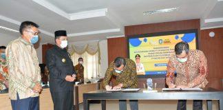Penandatanganan Nota Kesepahaman antara PLN Batam dan Panbil Industrial Estate Tentang Rencana Pembangunan dan Pengelolaan PLTU Biomassa 2 x 100 MW di Tanjung Sauh Batam, Kamis (4/3/2021).
