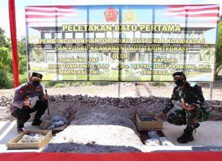 Panglima TNI dan Kapolri melakukan peletakan batu pertama pembangunan Mako Guspurla di Natuna, Selasa (6/4/2021).