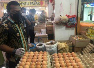 Satgasda Pangan Polda Kepri melakukan sidak pasar dan distributor pangan di Kota Batam