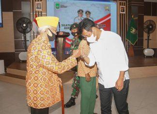 Wali Kota Batam, Muhammad Rudi bersilaturahmi bersama Veteran yang ada di Kota Batam, Senin (12/4/2021).