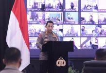 Kapolri Jenderal Polisi Listyo Sigit Prabowo membuka Rapat Kerja Teknis (Rakernis) Divisi Propam Polri di Gedung Rupatama Mabes Polri, Jakarta Selatan, Selasa (13/4/2021).
