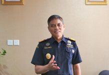 Kepala BC Batam Susila Brata