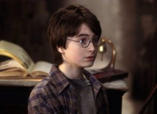 Kacamata Harry Potter Dilelang