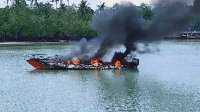 Speedboat terbakar di Lingga