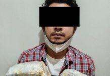 Tim Opsnal dari Subdit II Dit Resnarkoba Polda Kepri mengamankan tersangka beserta 2 bungkus barang bukti diduga narkotika jenis sabu dengan berat kotor 2.103 gram.