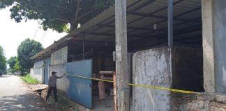 Lokasi kasus penikaman warga hingga tewas di Bengkong di-police line.