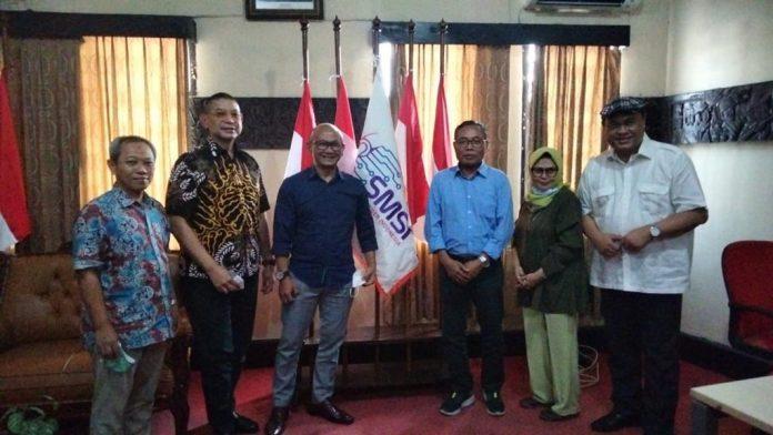 Kerjasama rencana UKW dan ToT antara Serikat Media Siber Indonesia (SMSI) dan Lembaga UKW UPDM.