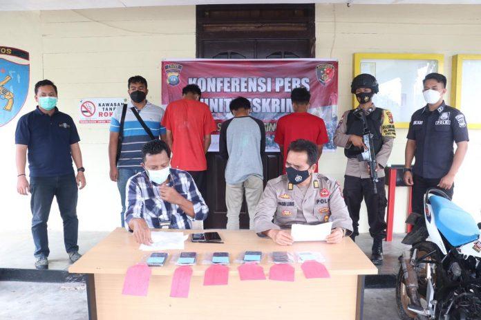 Pencuri di Pesantren Dabo Singkep