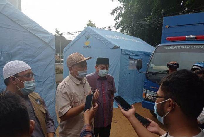 Kejaksaan Negeri Tanjungpinang bersama sejumlah elemen masyarakat menginisiasi dapur umum untuk membantu warga yang menjalani isolasi mandiri Covid-19, Senin (12/7/2021).