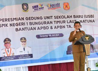 Gubernur Kepri Ansar Ahmad meresmikan USB di SMKN 1 Bunguran Timur Laut, Kabupaten Natuna, Selasa (6/7/2021).