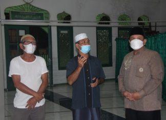 Kakanwil Kemenag Kepri, Mahbub Daryanto, melakukan pemantauan di sejumlah masjid di Tanjungpinang