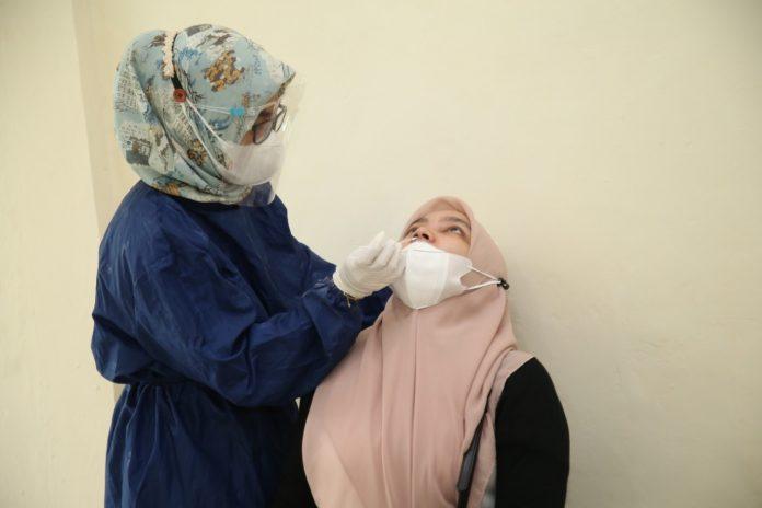 Tim Satgas Penanganan Covid-19 Kota Batam menggelar Rapid Test Antigen di rumah susun (rusun) BP Batam Bida Ampar, Batu Ampar pada Kamis (29/7/2021).