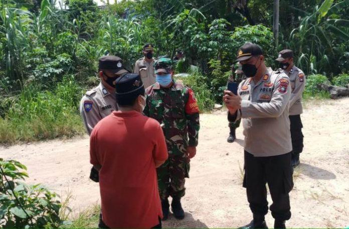 Sat Binmas Polresta Barelang sosialisasi PPKM Level 4 di wilayah hukum Polresta Barelang, Sabtu (31/7/2021).