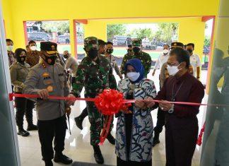 Kapolda Kepri Irjen Pol Aris Budiman meninjau dan meresmikan langsung Wisma Bhayangkara 88 sebagai rumah isolasi terpadu internal Polres Tanjungpinang.