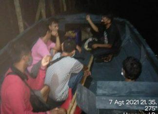 Tiga pelaku pengiriman pekerja migran ilegal diamankan Tim Satya Subdit Gakkum Ditpolairud Polda Kepri.