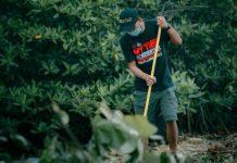 My Trip My Adventure Batam bersihkan hutan mangrove untuk pariwisata Batam.