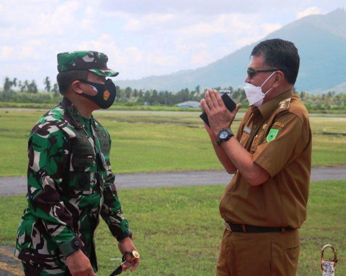 Pangkogabwilhaan 1 Laksamana Madya TNI Muhammad Ali berharap Bupat dan jajaran tenangkan nelayan Natuna agar tidak takut melaut.