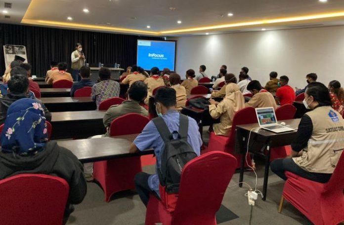 Relawan Prokes mendapatkan peningkatan kapasitas menjelang PON Papua