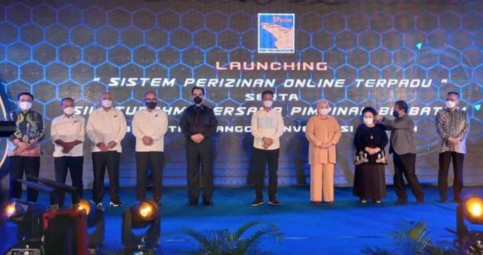 Soerya Respationo dan Rudi hadir bersama dalam Launching Sistem Perizinan Online Terpadu di Hotel Planet Holiday, Senin (28/9/2021).