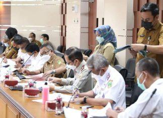 TKPRD Kota Batam menandatangani Dokumen Ranperwako Rencana Detail Tata Ruang Tahun 2021-2041.