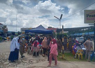 Polresta Barelang melaksanakan operasi yustisi di wilayah Pasar Tiban Centre, Rabu (15/9/2021).