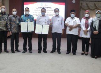 Pemprov Kepri menggandeng Bank Riau Kepri (BRK) memberikan bantuan kepada pelaku UMKM dengan bantuan pinjaman lunak.