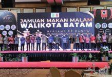 Wali Kota Batam, Muhammad Rudi, menjamu peserta Rapat Pimpinan Nasional Persatuan Insinyur Indonesia (Rapimnas PII) Tahun 2021 di Swiss-Belhotel Harbour Bay, Batuampar, Jumat (25/9/2021).