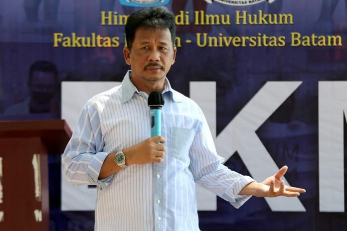 Wali Kota Batam, Muhammad Rudi hadir dalam kegiatan latihan dasar kepemimpinan mahasiswa (LDKM) Ilmu Hukum Universitas Batam (Uniba).