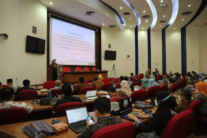 Badan Pengusahaan (BP) Batam menggelar Bimbingan Teknis Penyusunan dan Pengukuran Sasaran Kinerja Pegawai di Lingkungan BP Batam, pada Rabu (13/10/2021).