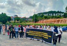 Ratusan Pengurus DPD dan DPC Partai Ummat di Kota Batam menggelar deklarasi mundur massal, Minggu (17/10/2021).